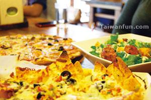 台中市 > 餐廳 > Pisa Pizza